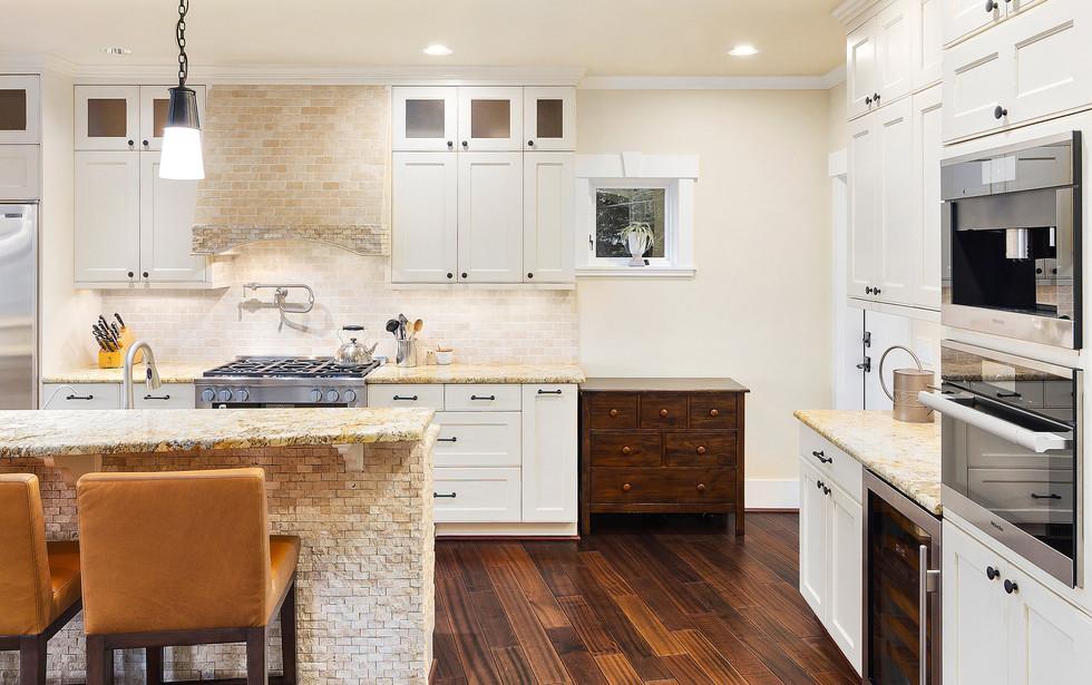12 - Kitchen.jpg