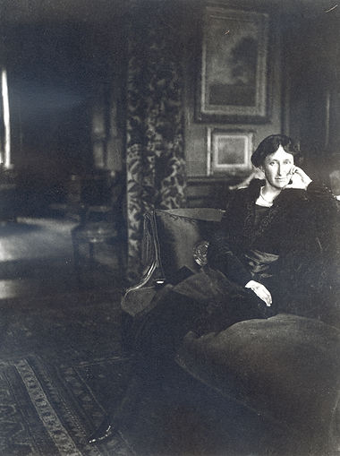 Mary Cabot Wheelwright in 1912.jpg