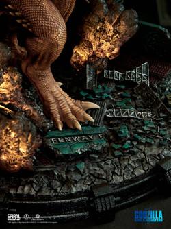 King Ghidorah - Deluxe Edition
