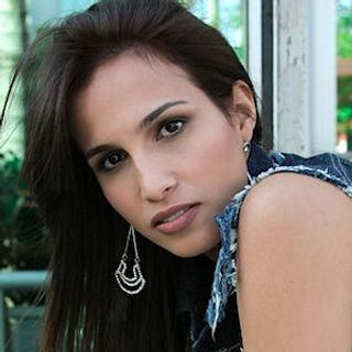 Paula Oliveira.jpg