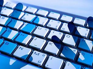 keyboard-4356763_1920.jpg