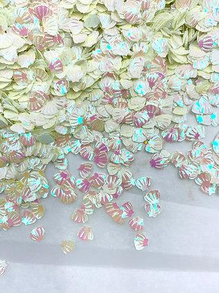 Iridescent white/pink shells