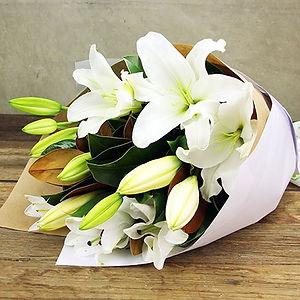 perfumed-white-oriental-lilies.jpg