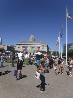 San Francisco s'embrume, San Francisco s'allume…
