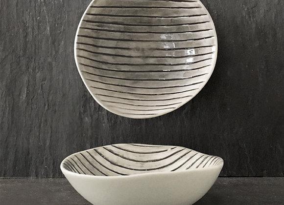Scratched Lines Porcelain Bowl