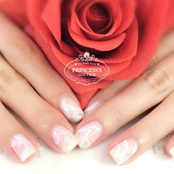 She wanted something subtle and elegant. Design from a Japanese nailartist