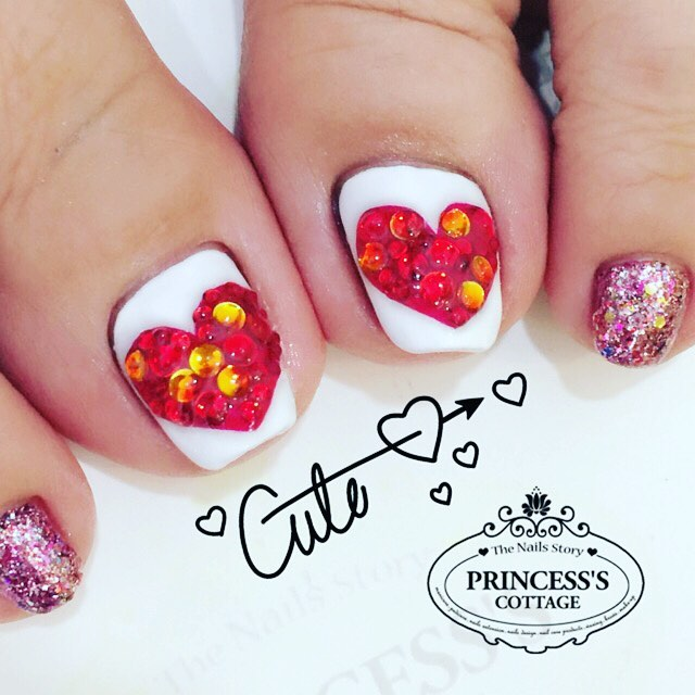 Bling Heart shape gelish pedicure done by Qing at The Seletar Mall. _Book your appointment Online _w