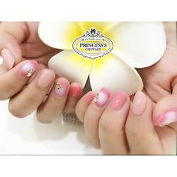 Airbrush nailart, done by Joanna at The Seletar Mall. Remember to Join us at The Seletar Mall on 7th