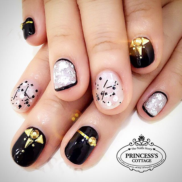 Basic colors, Special price nailart sets_ Add on $35 only for this set of stylish chrome tapes, foil