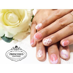 $25 for this set of Nailarts at Tampines Mart outlet. Done by Jiali. __Book your appointment Online