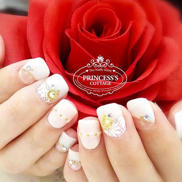 ✨Happiness is handmade✨【Bridal Nails by Senior Nailartist Qing at The Seletar Mall】》》》More info, che