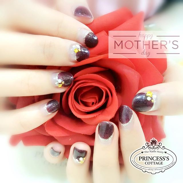 Are you planning something for your dearest Mummy_ Bring her for a session of manicure and pedicure