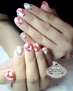 Chrome pink and stars!  #stellamccartneyshoes inspired.Put variety in white. More chrome effect nail