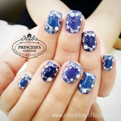 Shades of blue for a Monday morning. Happy week ahead everyone! Nails done by Qing at The Seletar Ma