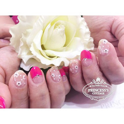 We have discounts on Nailarts, Nails Treatments and Services. Check out our 10th anniversary promoti