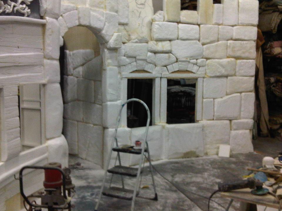 Costruzione pareti scenografiche 2