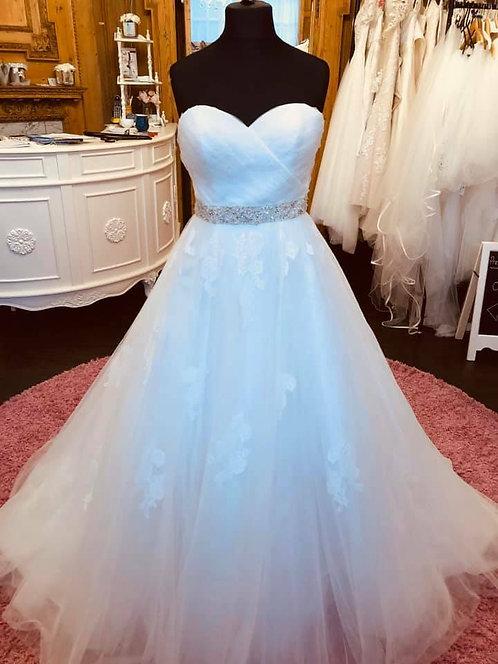 Tiffany 'Leona' Wedding Dress