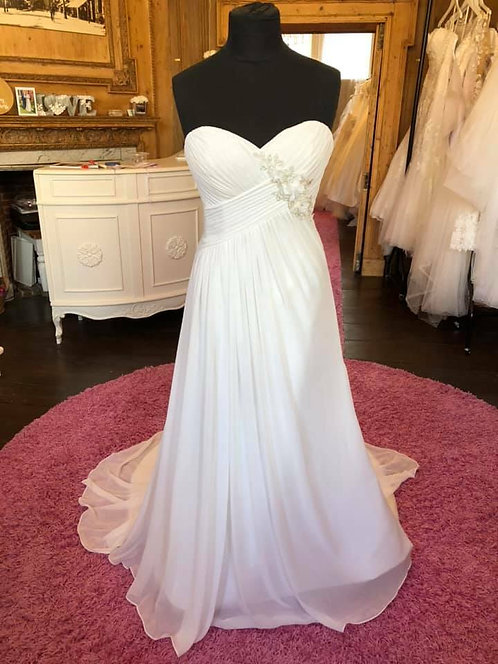 Lilliana Couture Wedding Dress