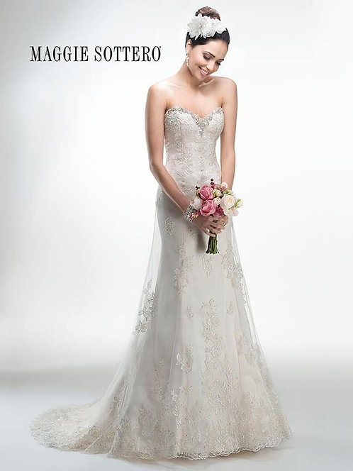 Maggie Sottero 'Bethany' Wedding Dress