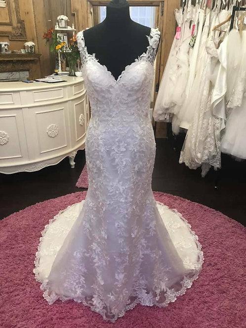 Mon Cheri Wedding Dress