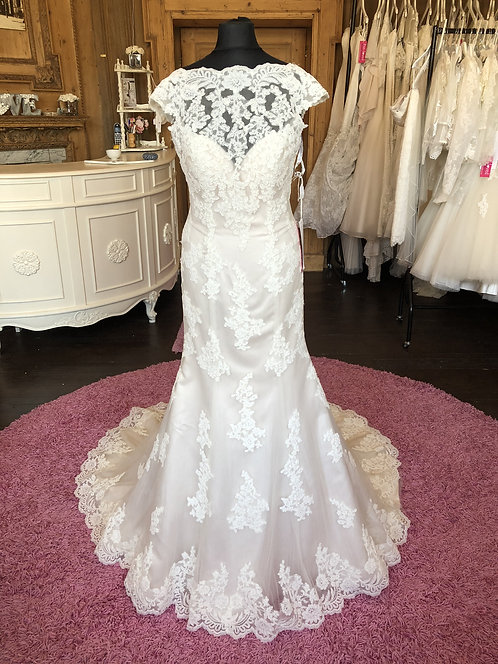 Nicolina Wedding Dress