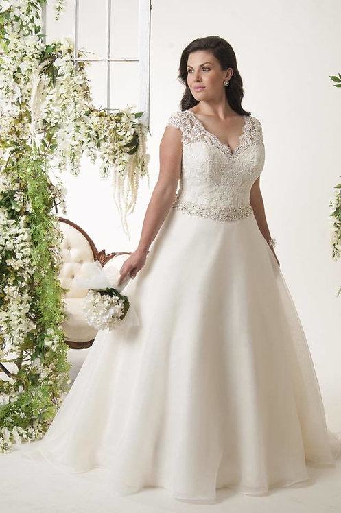 Callista 'Orlando' Wedding Dress