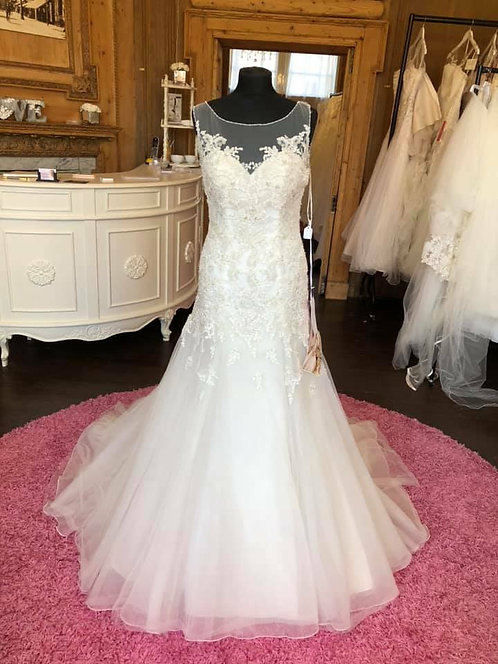 Stella York 6021 Wedding dress