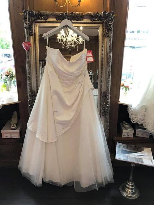 Hilary Morgan Wedding Dress