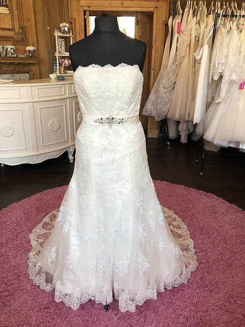 Jade Daniels Wedding Dress