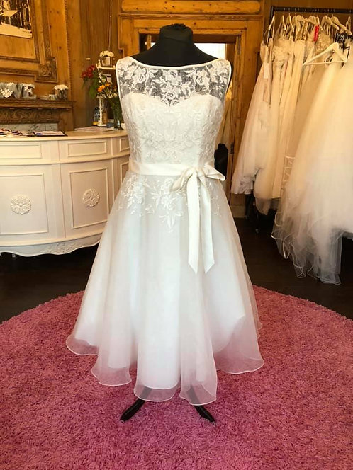 Truebride 'Annabelle' Wedding Dress