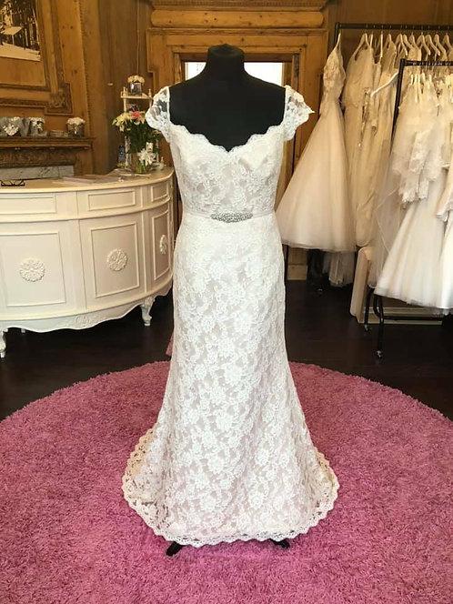 Agusta Jones Wedding Dress