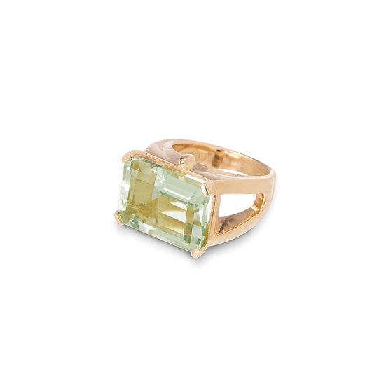18k Yellow Gold Emerald Cut Prasiolite Ring