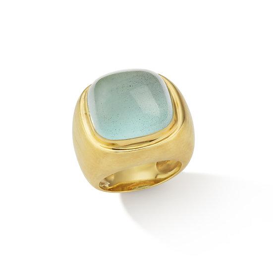 18k Yellow Gold Aquamarine Cabochon Ring