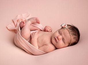 niamhscott_newborn_1.jpg
