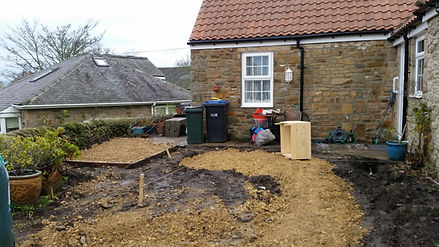 Cottage front 3.jpg