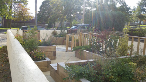 Accessible front garden