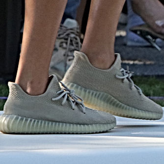 f1b17992 Unreleased Yeezy Boost 350 V2's at the Yeezy Season 4 Show | Yeezys ...