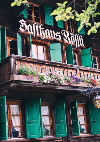51FCB9CF_Restaurant_Rössli_Feutersoey_Gstaad.jpg