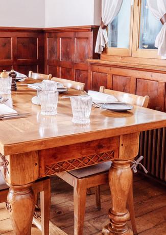 Restaurant_Roessli_Feutersoey_Gstaad_DSC