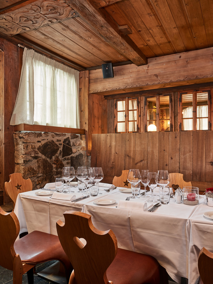 2019-01_Chlösterli_Dining1_4.jpg