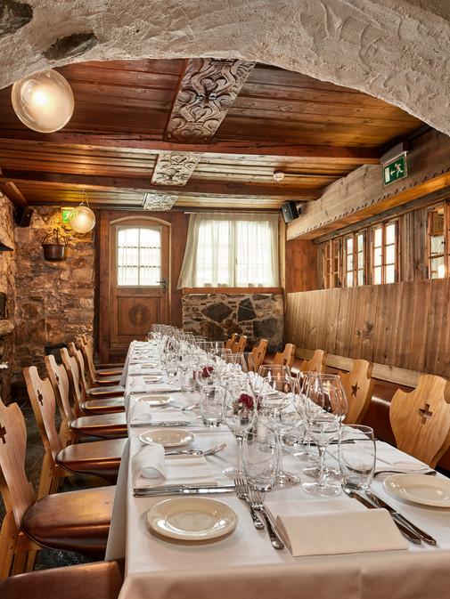 2019-01_Chlösterli_Dining1_1.jpg