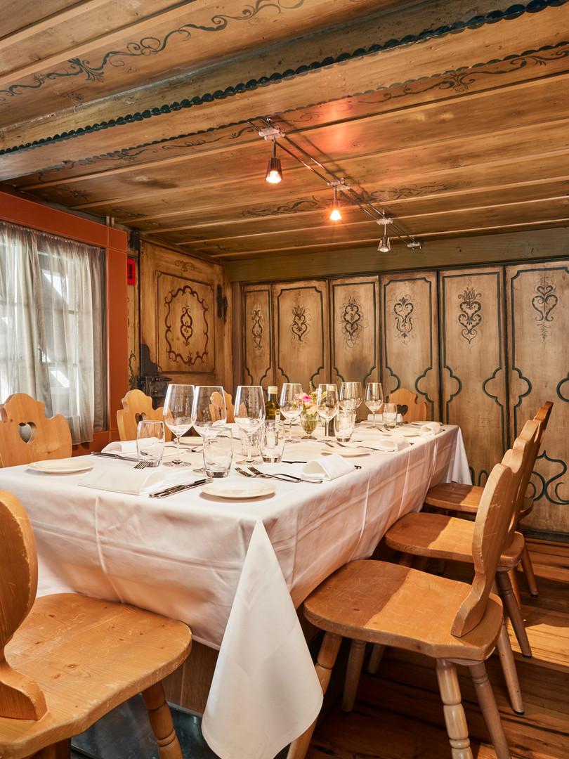 2019-01_Chlösterli_Dining4.jpg