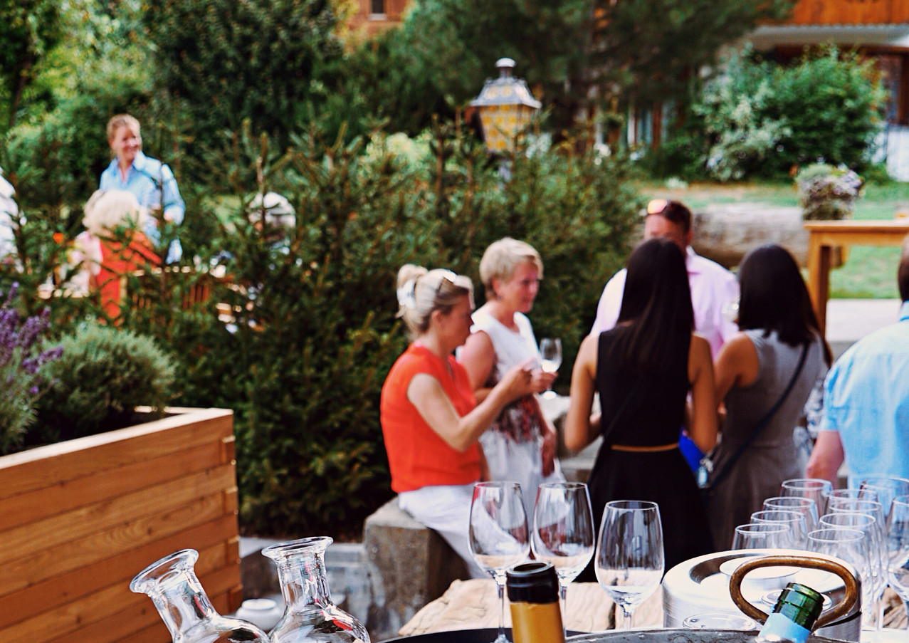Restaurant_Rössli_Feutersoey_Gstaad.jpg