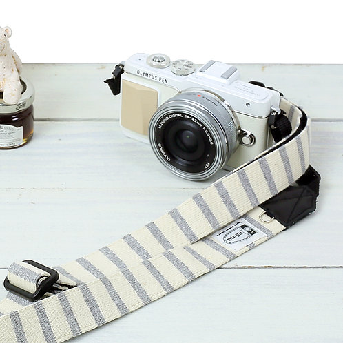 Camera Strap/ Gray stripe