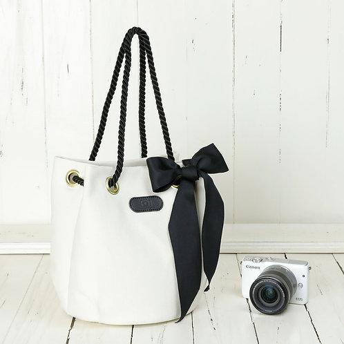 Drawstring Shoulder Camera Bag /White