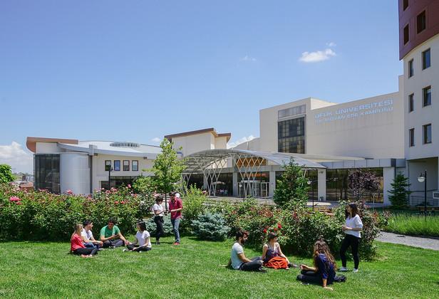 Ufuk_Üniversitesi30.jpg