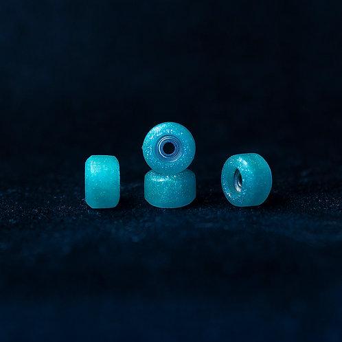 Goth fingerboard wheels / Holographic Genie- 72D