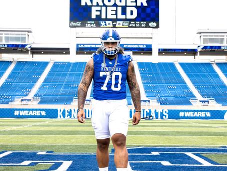 Kentucky's Uniform Combo For Game 1