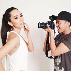 #Repost _inyourfacepauls_・・・_Snap!  #bts #photoshoot #photographer #model #beauty #natural #makeup #