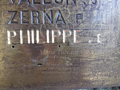 gravure nom monument aux morts bretagne